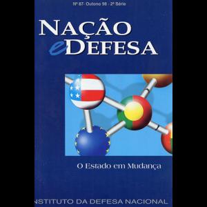 Capa da revista Nação & Defesa nº87 - O Estado em Mudança. Instituto da Defesa Nacional