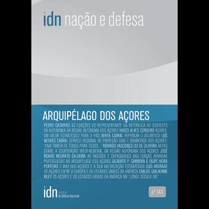 Capa da revista Nação & Defesa nº141 - Arquipélago dos Açores